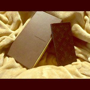 Louis Vuitton Checkbook Wallet